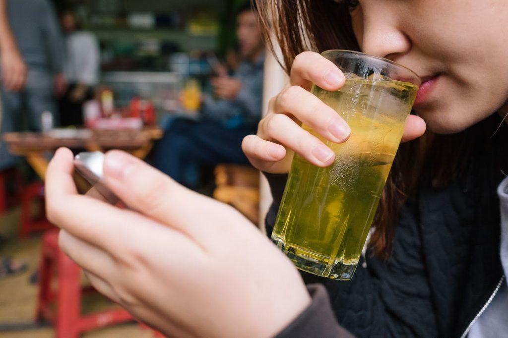 Mơ uống trà đánh con gì trúng lớn? Là điềm lành hay xấu?