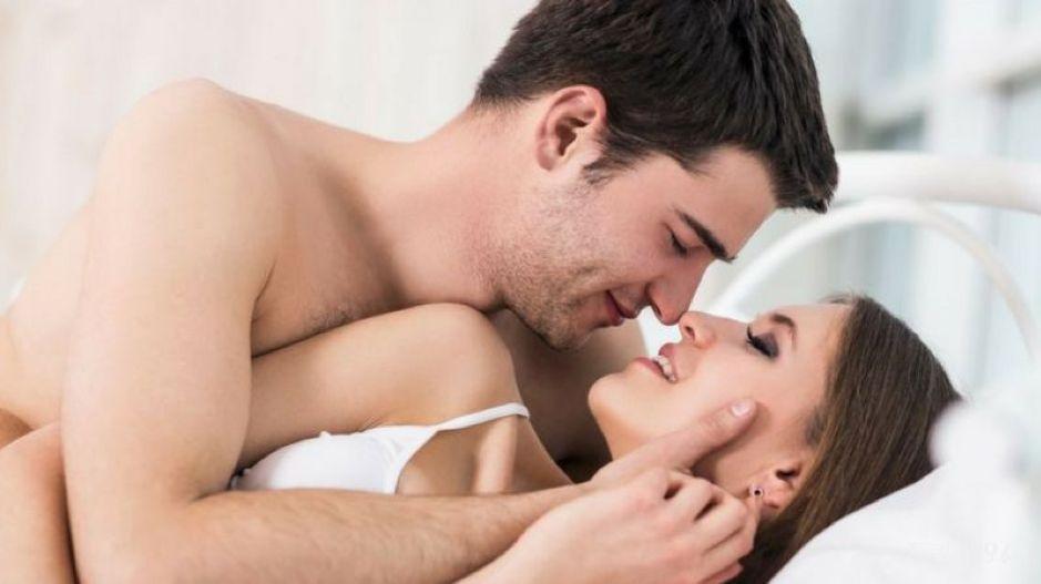 Mơ quan hệ với gái đánh con gì? Giải mã giấc mơ quan hệ với gái
